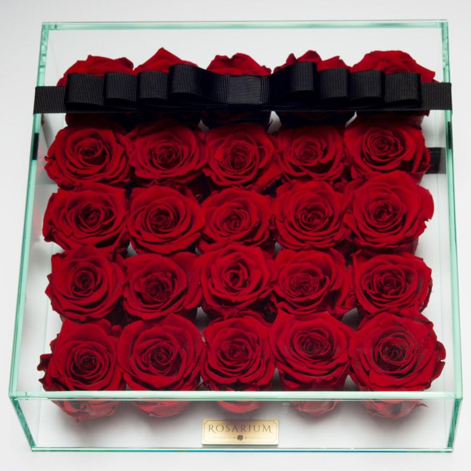 25 darabos vörös örök rózsa doboz