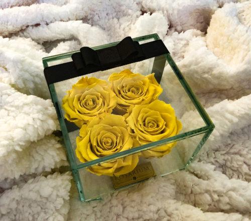 4 db sárga rózsa